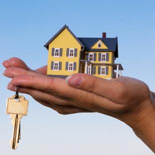 house and keys image